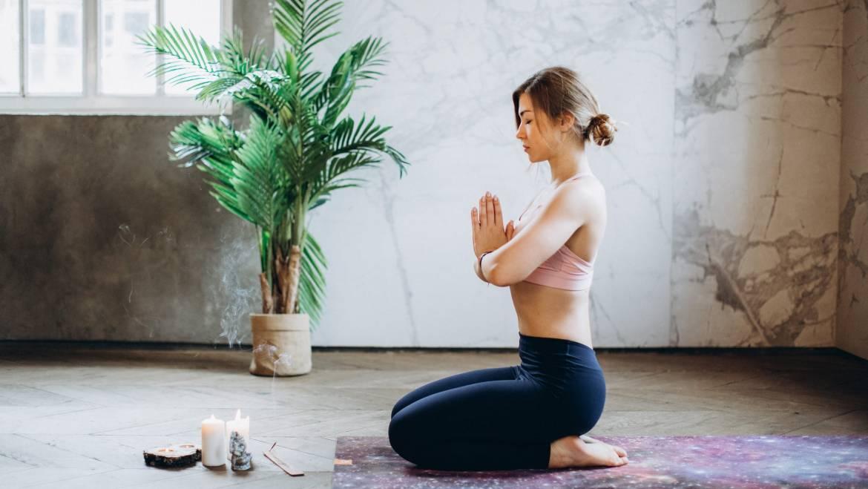 Come combattere l'ansia: 10 tecniche della detached mindfulness